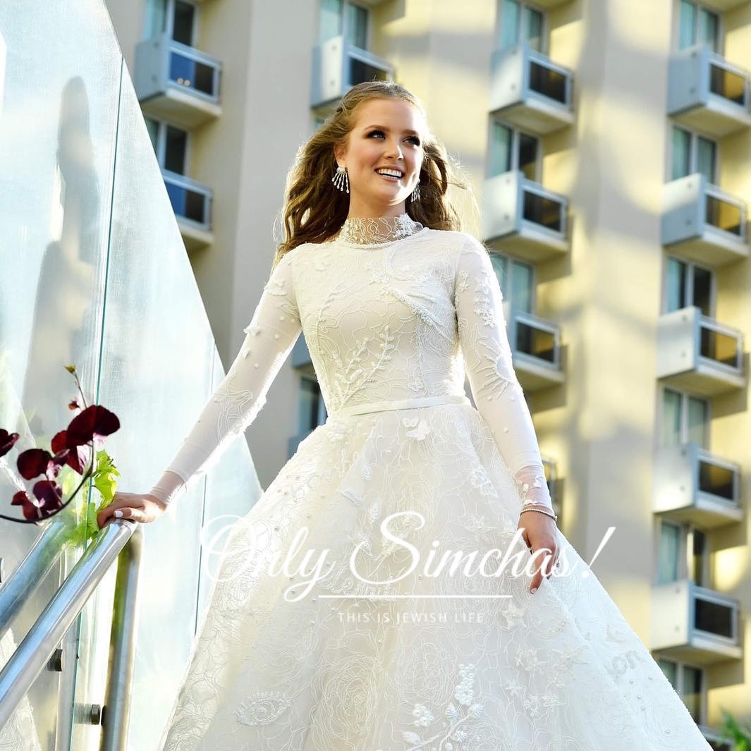 Mazel Tov! Beautiful photo by @ariel_ravinsky #onlysimchas #onlysimchasfashion