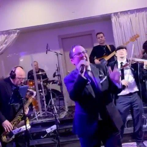 Kol Play Orchestra featuring @johnnyshlagbaum #onlysimchas