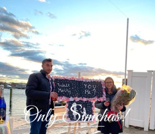 Engagement of Yaakov Mittman (#FarRockaway) and Hailey Greenberg (#Hewlett)!! #onlysimchas