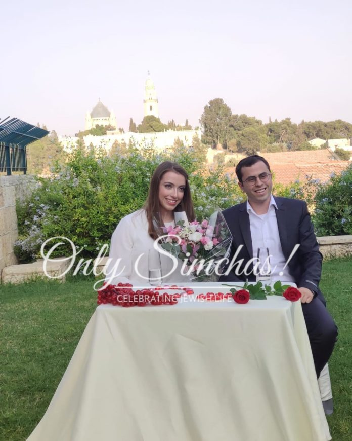 Engagement of Yossef Sergovits&Nechama Kobra! #onlysimchas #spreadingsimchas #shesaidyes #engagment #onlysimchaslovessimchas